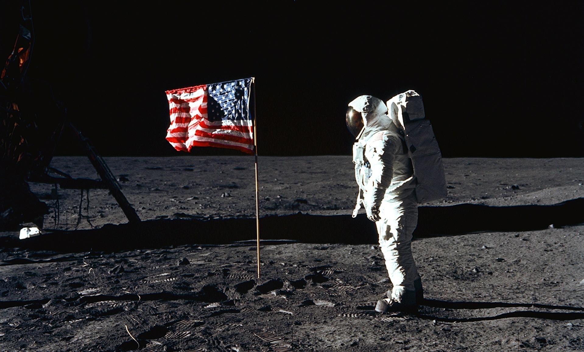 Sbarco sulla Luna, Russia solleva nuovo polverone