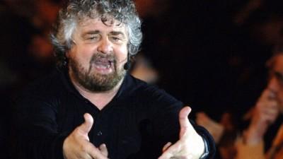 Preghiera dell'Alpino censurata, Beppe Grillo la posta sul blog