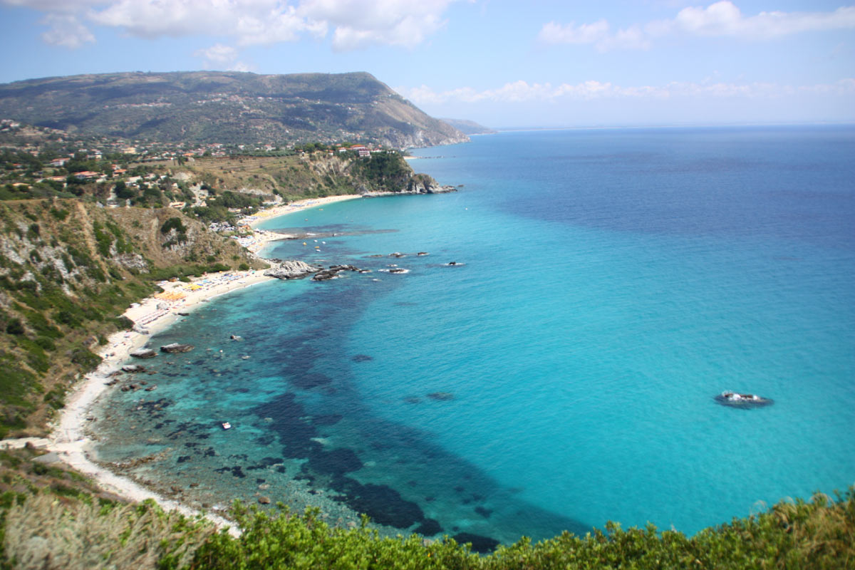 Legambiente, in Calabria costa trasformata al 65%