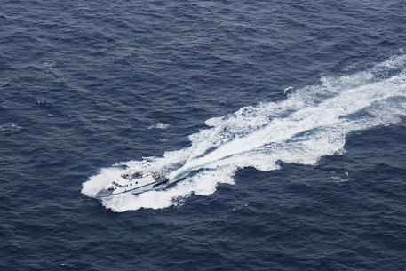 Migranti in uno yacht in Grecia: muore 17enne in conflitto a fuoco