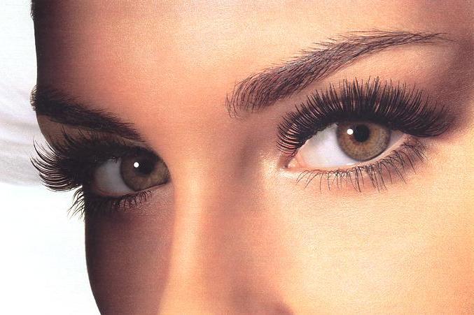 Non vedenti, speranza da occhiali e microchip contro la cecità