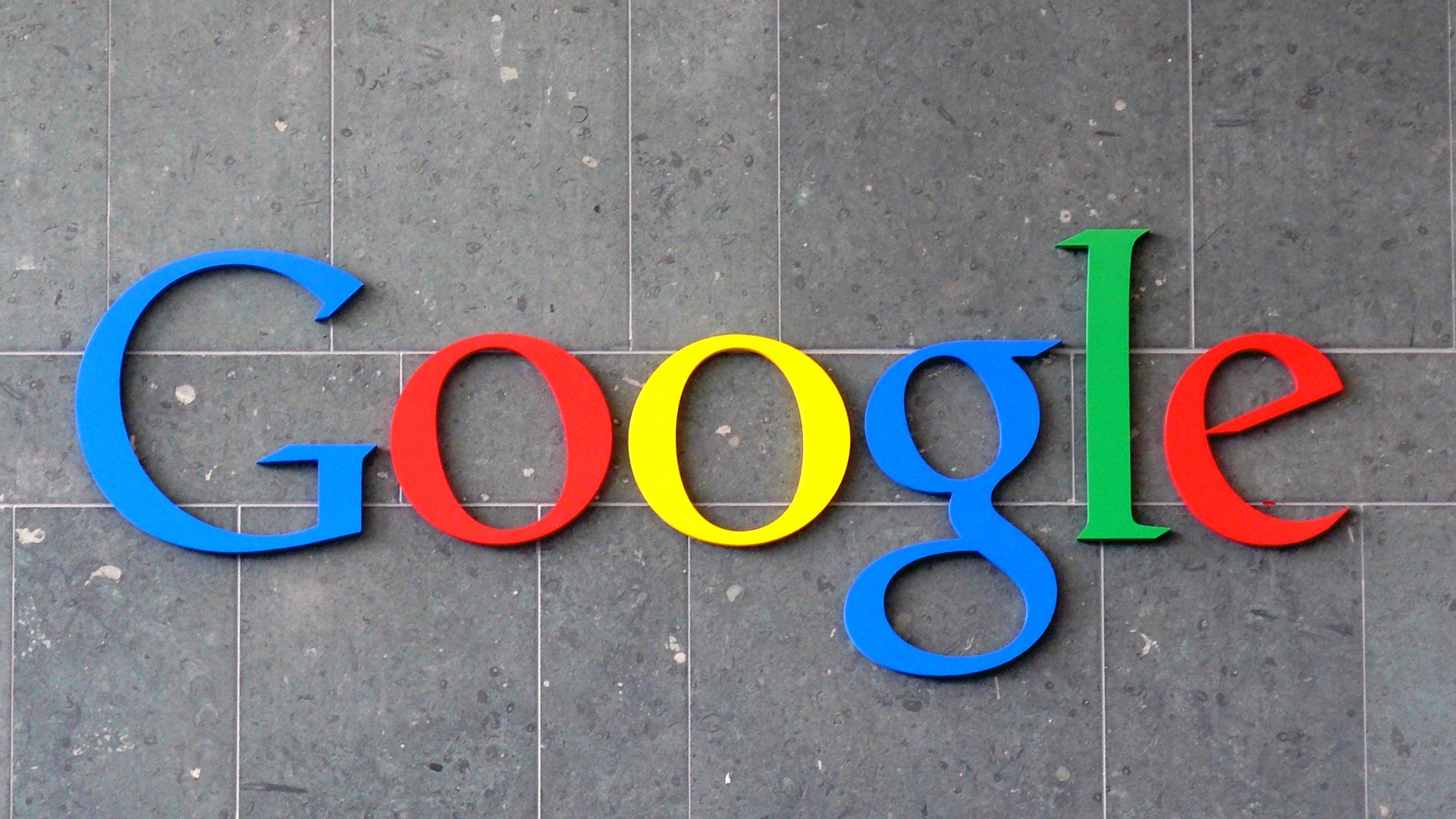 Clic dei bot su YouTube, Google li fa pagare lo stesso agli inserzionisti