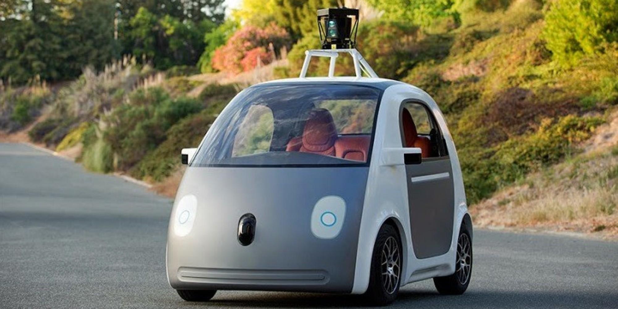 Google Car troppo prudente, gli esseri umani la mandano in tilt