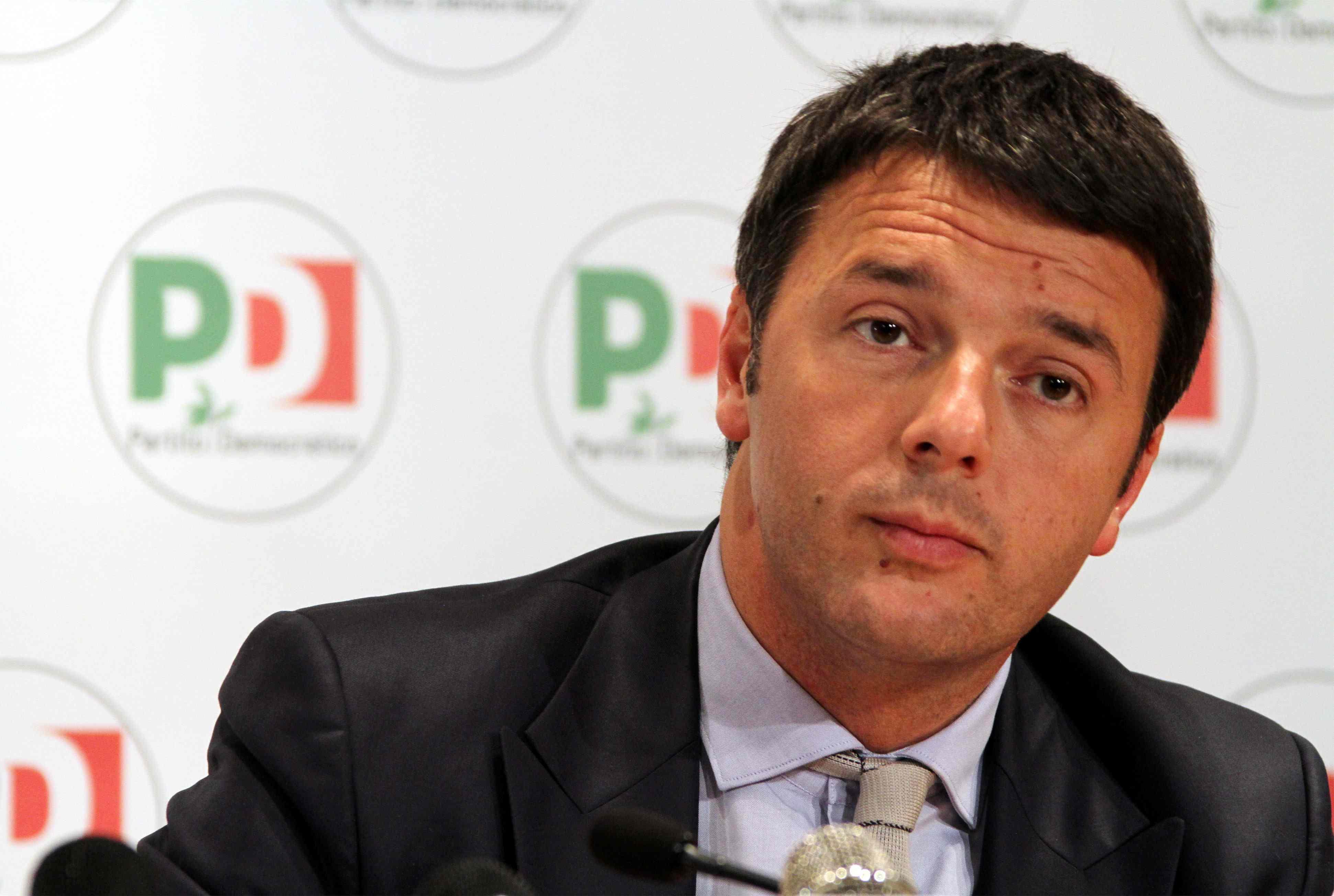 """Renzi e l'immigrazione: """"Richieste d'asilo contro viaggi della morte"""""""