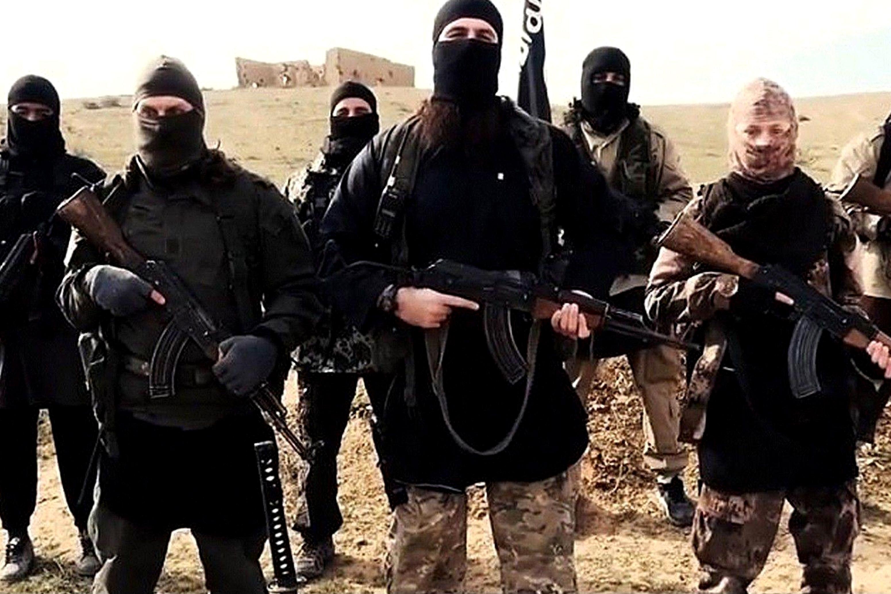 Ucciso in Bangladesh cooperante italiano, l'Isis rivendica l'agguato