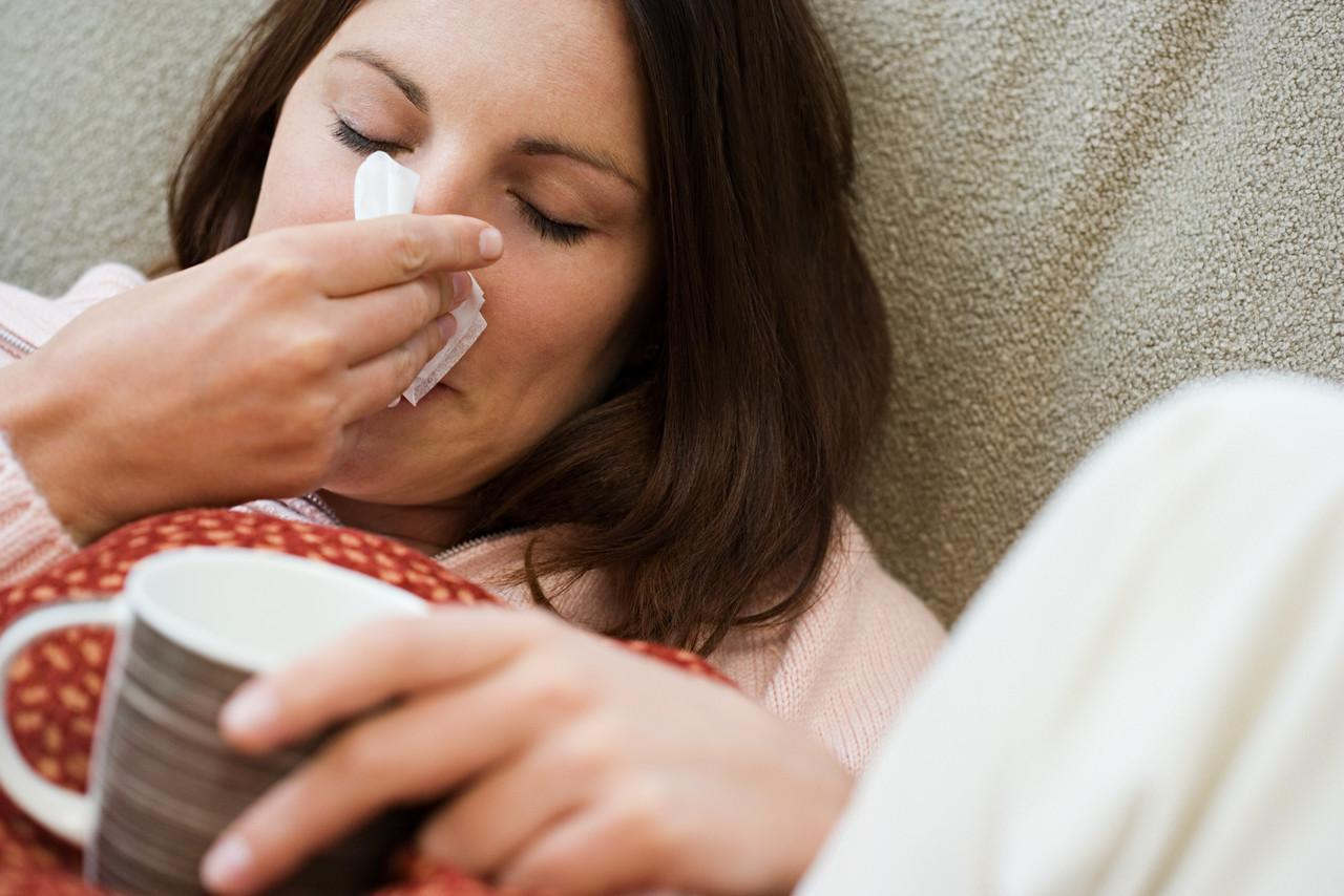 Dormire poco fa venire il raffreddore
