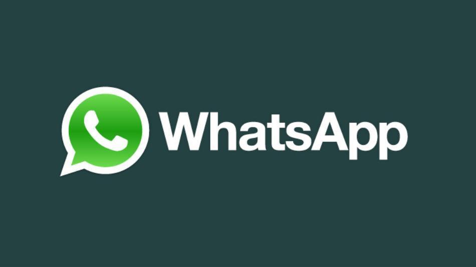 Virus su WhatsApp: ruba le foto e vi ricatta