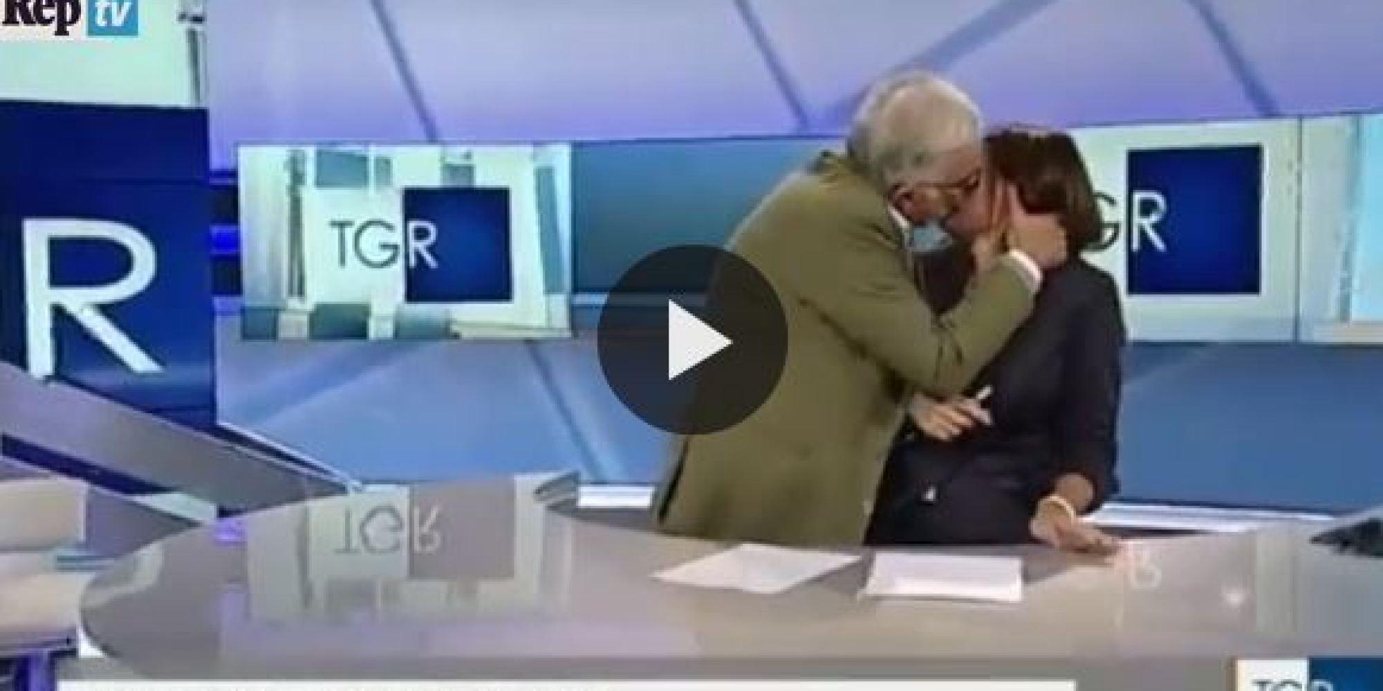 Gene Gnocchi perde la testa e bacia in diretta la giornalista del Tg
