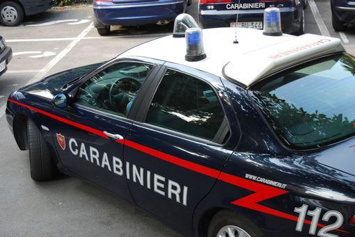 Napoli, torturava figlio con scariche elettriche e acqua gelata