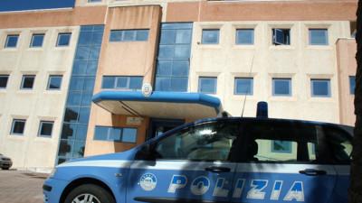 Napoli, donne e bambini coinvolti in traffico di droga: 23 arresti