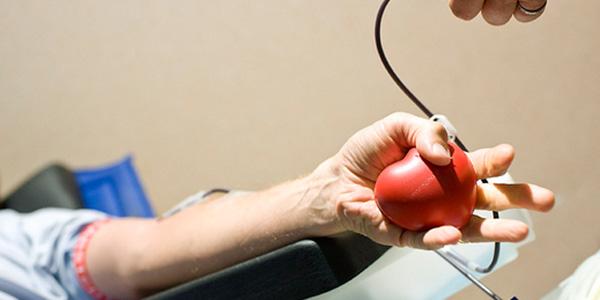 USA, anche i gay potranno donare il sangue