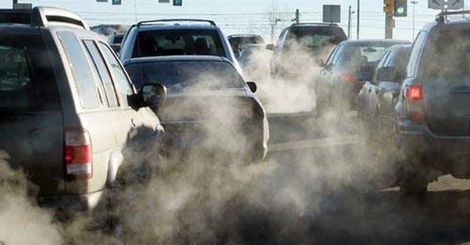 Napoli, stop circolazione auto per allarme smog e niente pioggia: inizio febbraio a piedi