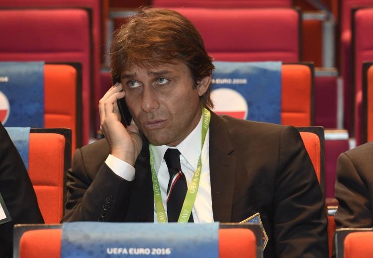 Conte perde la pazienza: telefona lui a un giocatore per convincerlo