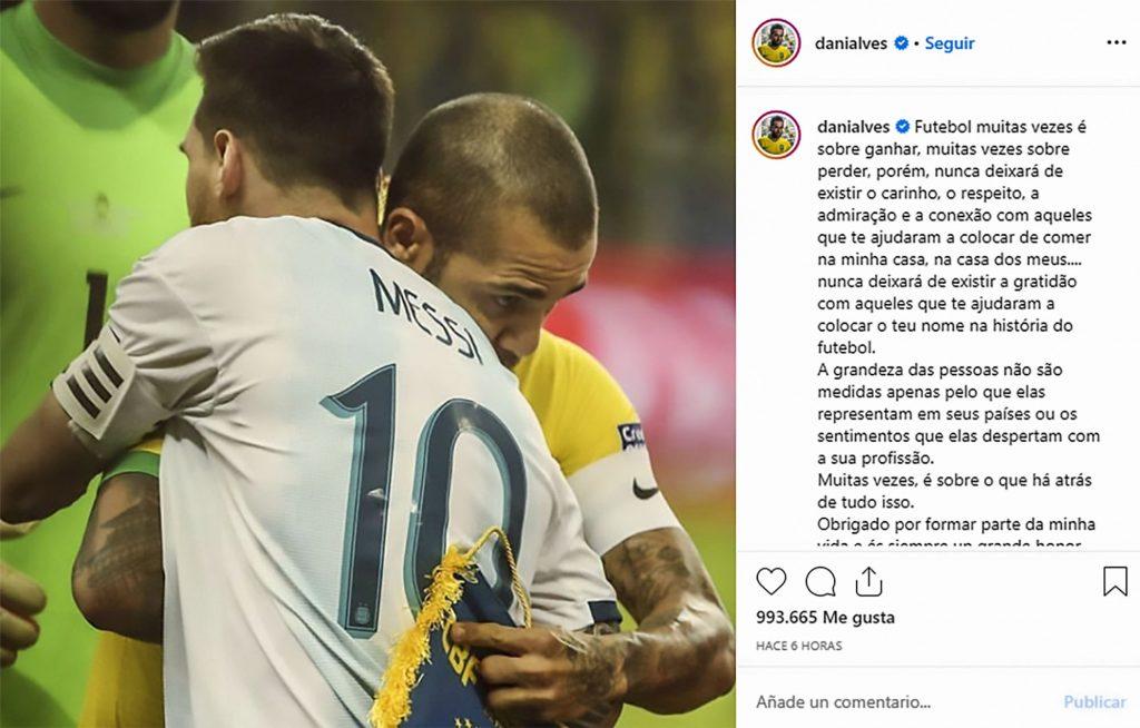 Dani Alves, commovente dedica per Messi