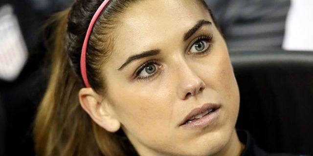 """Calcio donne, la bella Alex non ci sta: """"C'è chi esulta mostrando gli attributi"""""""