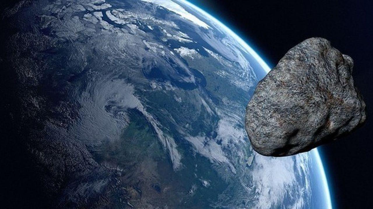 Asteroide vicino alla Terra il 2 novembre, non ci colpirà, forse